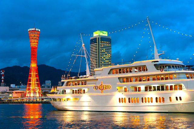 Enjoy a luxury time in a cruising ship