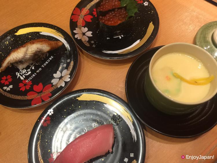 Nigirizushi (Hand shaped Sushi) and steamed egg soup of Nigiri-no-Tokubei