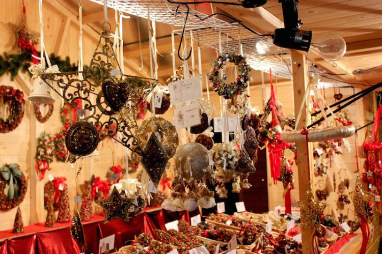 folk art craft at  the German Christmas Market
